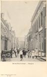 F000157 De Boven Nieuwstraat, aan het eind van de straat staat de Broederkerk, aan de rechterzijde Hotel de Dom van ...