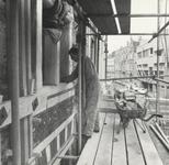 FOTO-000410 Restauratie van de voorgevel van het gemeenlandshuis van Rijnland, 1970