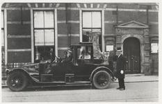 FOTO-000594 Bezoek aan het gemeenlandshuis van Rijnland, circa 1906