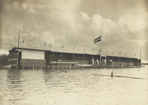 FOTO-000674 Openlucht zwembad in de Mooie Nel , circa 1915