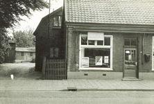 501077 Winkel van Henk Woltering, 1965