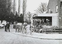 27082 Winkel, Hastelweg met de hoek 'Sportlaan', 1976