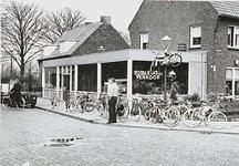 27083 Winkel, Hastelweg met de hoek 'Sportlaan', 1976