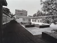 27916 Noodgebouwen van de Eindhovense Credietbank, Jan Smitzlaan 2, 1979