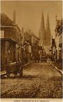 7988 Stratumseind gezien richting Catharinakerk. Het eerste pand links is 't Hooghuis, 1927