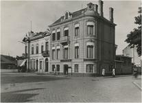 67284 Incassobank, kruising Stationsplein-Dommelstraat, ca. 1931
