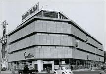Een serie van 3 foto's betreffende warenhuis Grand Bazar, Vestdijk 1, 1964 - 1965