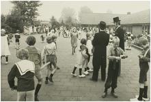 112022 Viering 110 jarig bestaan Wilhelminaschool. Op 1-7-8 en 9 september 1978. Foto genomen op de speelplaats van de ...