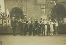 113070 Brabantse Industriedagen 1931. Kasteel-raadhuis. Links de heer Fentener van Vlissingen, daarnaast Karel ...