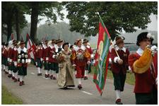 Een serie van 17 foto's betreffende de overdracht uniform en ambtsketen van oude burgemeester van Schaijk, 11-09-2005