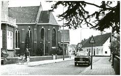 46486 Kerkstraat: links rectoraat en kapel Zusters van Liefde. Daarachter St. Anna school, 1970