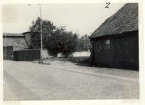577763 Emmastraat, met links nog een deel van de brouwerij van Eijsbouts, 1961