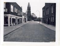 577993 Marktstraat met links de winkel van Eysbouts, 1955-1965