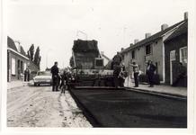 577997 Het asfalteren van de Wolfsberg, 1955-1965