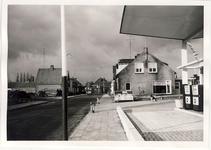 578012 Aral-tankstation aan de Emmastraat geopend, 1955-1965