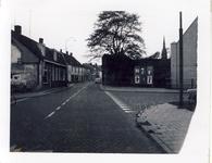 578024 Prins Bernhardstraat met rechts de Lindestraat, 1955-1965