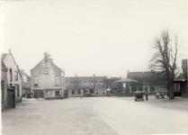 578046 Markt met muziekkiosk, 1930-1939