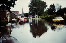 576434 Wateroverlast in de Prins Bernhardstraat na de storm, 3-8-1980