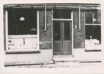 576764 Bakkerij van M. van Haandel, Prins Bernhardstraat, 1955