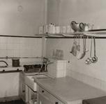 3434 keuken; zuigelingenafdeling; drinkflessen, 1966