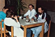 4425 lunchpauze; Martha-paviljoen, 1990