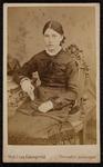 1820-19 Deventer - Album Burgerweeshuis en Kinderhuis - Carte de VisitePortret van een vrouw.