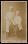 1820-22 Deventer - Album Burgerweeshuis en Kinderhuis - Carte de VisitePortret van twee jongens, in wit kostuum met ...