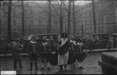 291 Glasnegatievencollectie JW JansenSint Nicolaas op de Houtmarkt, bij de Boreelkazerne