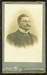 274 Deventer - Familiearchief CapadoseCarte-de-visite van Mr. Abraham Capadose (1858-1929).