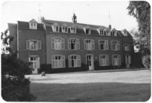236061 Huize Opveld aan de Veldweg te Heer (bij Maastricht): voorzijde Maison du Sacre Coeur