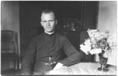 236066 Pater Rutten o.m.i. (+1932)
