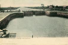 PB4216 De sluis bij Nieuwesluis, ca. 1902
