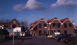 DIA40838 Spijkenisse; ; Nieuwbouw E.H. Dekker Elektra gezien vanaf Noordkade, 19 november 1981