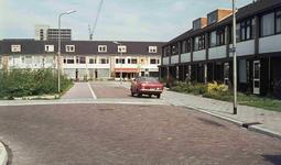 DIA42473 Spijkenisse; ; Woningen, ca. 1972