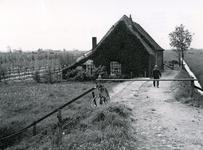 AB_GEMEENLANDSEDIJKZUID_001 Boerderij van de heer Beukelman; 30 mei 1969