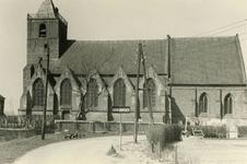 AB_KERKPLEIN_003 De Dorpskerk van Abbenbroek uit de vijftiende eeuw; ca. 1950