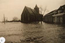 AB_WATERSNOODRAMP_048 Het kerkgebouw, met rechts de openbare lagere school en de woning van de hoofdonderwijzer; ca. 4 ...