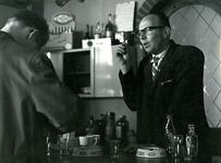 BR_PERS_ZOETEMEIJER_002 Brielle; De heer Adriaan Zoetemeijer, caféhouder Maarland ZZ, ca. 1965