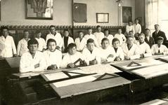 BR_SCHOLEN_AMBACHTSSCHOOL_012 Brielle; Klassenfoto van de eerste klas smeden-bankwerken Ambachtsschool, 1931