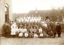 BR_SCHOLEN_AMBACHTSSCHOOL_024 Brielle; Klassenfoto van leerlingen van de Ambachtsschool, ca. 1920