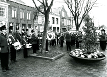 BR_SINTERKLAAS_1990_002 De intocht van Sinterklaas in Brielle. De fanfare van Libertatis Primitiae staat klaar voor het ...