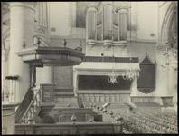 FOTO_GF_C158 Brielle; Het interieur van de St. Catharijnekerk, ca. 1920