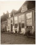 foto-63 Gevels op den It. Zeedijk 76-82 te Hoorn, 1906