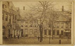A-1741 Gezicht op het Paleis van de Commissaris des Konings in de Abdij te Middelburg