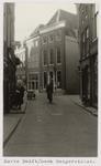 A-96 Gezicht op de Korte Delft op de hoek van de Reigerstraat te Middelburg