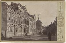 B-1375 Gezicht op de huizen aan het Hofplein, richting Wagenaarstraat te Middelburg