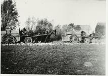 B-955X Vuilniskarren op de stortplaats op een weiland in de omgeving van Middelburg.Origineel diapositief archief ...
