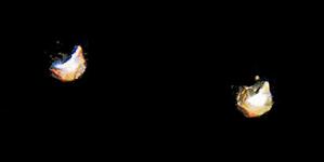 STR-17-2 1 paar gouden kleine facetspelden