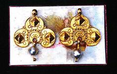 STR-17-6 1 paar gouden strikken