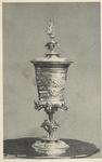 2000 De door keizer Maximiliaan van Oostenrijk aan de stad Veere geschonken vergulde beker die bewaard wordt in het ...